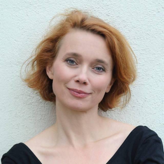Ulla Pilz</p> <h5>Dialogtexte & szenische Beratung,<br /> ORF Radioredakteurin, Moderatorin, Musikvermittlerin, Sängerin</h5> <p>